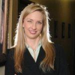 Dr. Tricia Kapavik